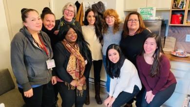 Photo of Meghan Markle visits women's shelter on Vancouver's Downtown Eastside