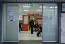 """Photo of SESARAM garante que foi """"prescrita a medicação adequada"""" à criança que morreu no hospital do Funchal"""