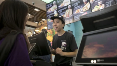 Photo of Amid worker shortage, Taco Bell floats $100K salaries for managers