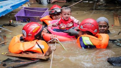 Photo of Pelo menos 30 mortos em inundações na capital da Indonésia no fim de ano