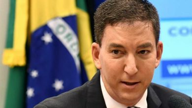 """Photo of Repórteres Sem Fronteiras dizem ser """"absurda"""" denúncia contra jornalista Glenn Greenwald"""