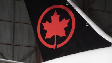 Photo of Air Canada flight lands safely at Pearson after losing a wheel at takeoff in N.Y.