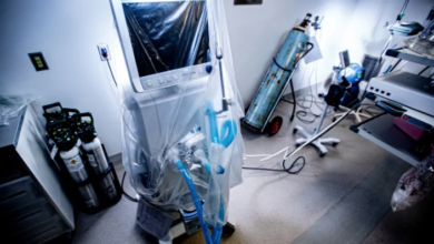 Photo of Who gets a ventilator? In 'hypothetical' worst-case scenario, age might decide