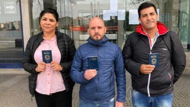 """Photo of Brasileiros retidos no Porto: """"Já paguei 10 mil reais em passagens"""""""
