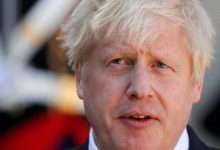 Photo of British Prime Minister Boris Johnson was stable overnight in intensive care