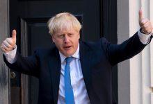 Photo of British PM Boris Johnson admitted to hospital for tests over persistent coronavirus symptoms