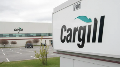 Photo of Cargill meat-processing plant south of Montreal says 64 workers infected with COVID-19