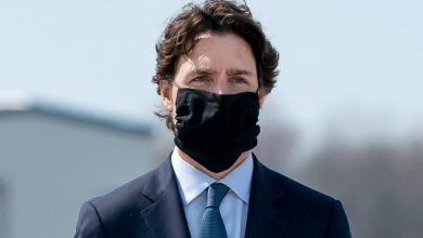 Photo of Canadians should wear masks as an 'added layer of protection,' says Tam