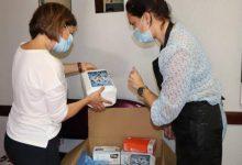 Photo of Machico entrega kits de protecção a cabeleireiros e estéticas