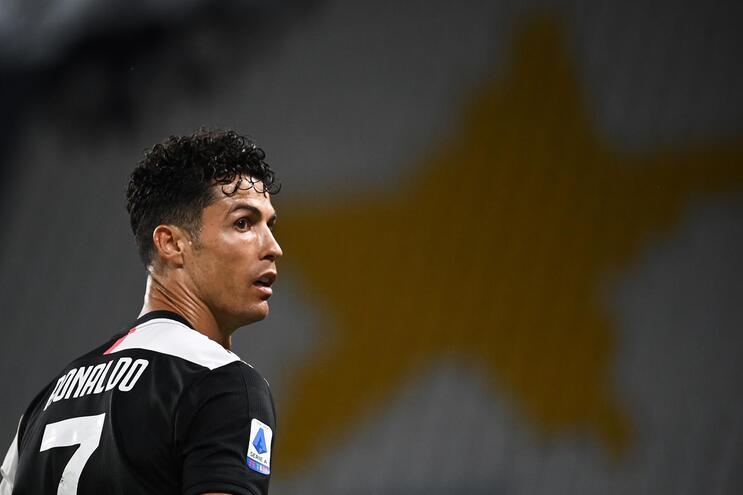 Cristiano Ronaldo dedica título da Juventus a vítimas da pandemia - milenio stadium