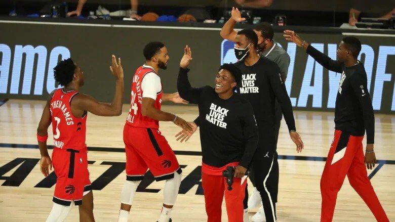Raptors vencem Nets facilmente e fecham série em 4-0 - milenio stadium - toronto