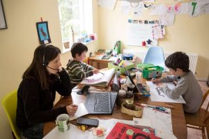 Working mother durin pandemic-Milenio Stadium-Canada