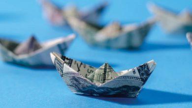 O envio alternativo de dinheiro-barco-capa-mileniostadium