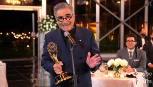 """Watchmen"""" e """"Schitt's Creek"""" arrebatam noite de Emmys-us-mileniostadium"""