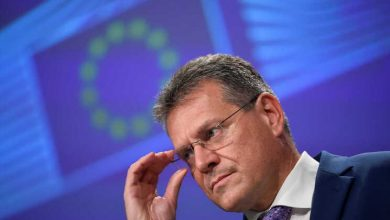 Photo of Bruxelas diz que acordo do Brexit deve ser concretizado e não renegociado