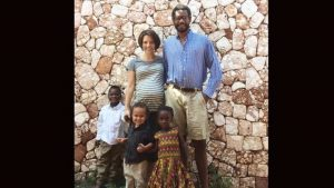 Pregnant Canadian begs for travel exemption to return from Haiti with her children-Milenio Stadium-Canada