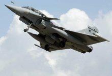 Photo of Avião militar ultrapassou a barreira do som e fez temer uma explosão em Paris