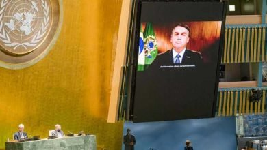"""Photo of Bolsonaro diz que Brasil é vítima de campanha """"brutal"""" de desinformação sobre Amazónia"""