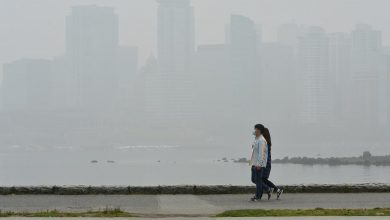 Photo of Smoke from U.S. wildfires spreads to at least 5 Canadian provinces