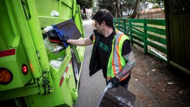 Photo of City extends privatized waste collection deal without competition ahead of blue box changes