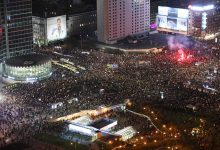 Milhares de polacos voltam às ruas pelo direito ao aborto