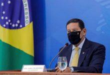 Photo of Vice de Bolsonaro contraria-o e diz que Brasil poderá comprar vacina chinesa