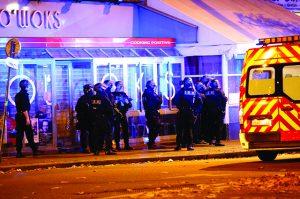Breve síntese de um conflito-paris-mileniostadium