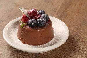 mousse-de-chocolate-com-frutos-vermelhos-toronto-mileniostadium
