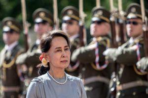 Exército de Myanmar assume controlo-myanmar-mileniostadium