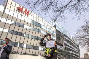 H&M deixa de usar algodão chinês-china-mileniostadium