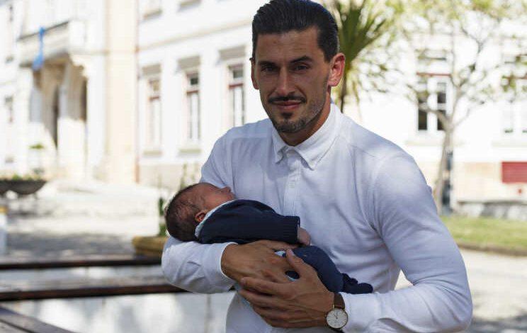 Dormiu quatro horas e meia, foi pai e ainda marcou três golos - milénio stadium - desporto