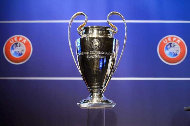 Liga dos Campeões com 36 equipas e sem grupos a partir de 2024