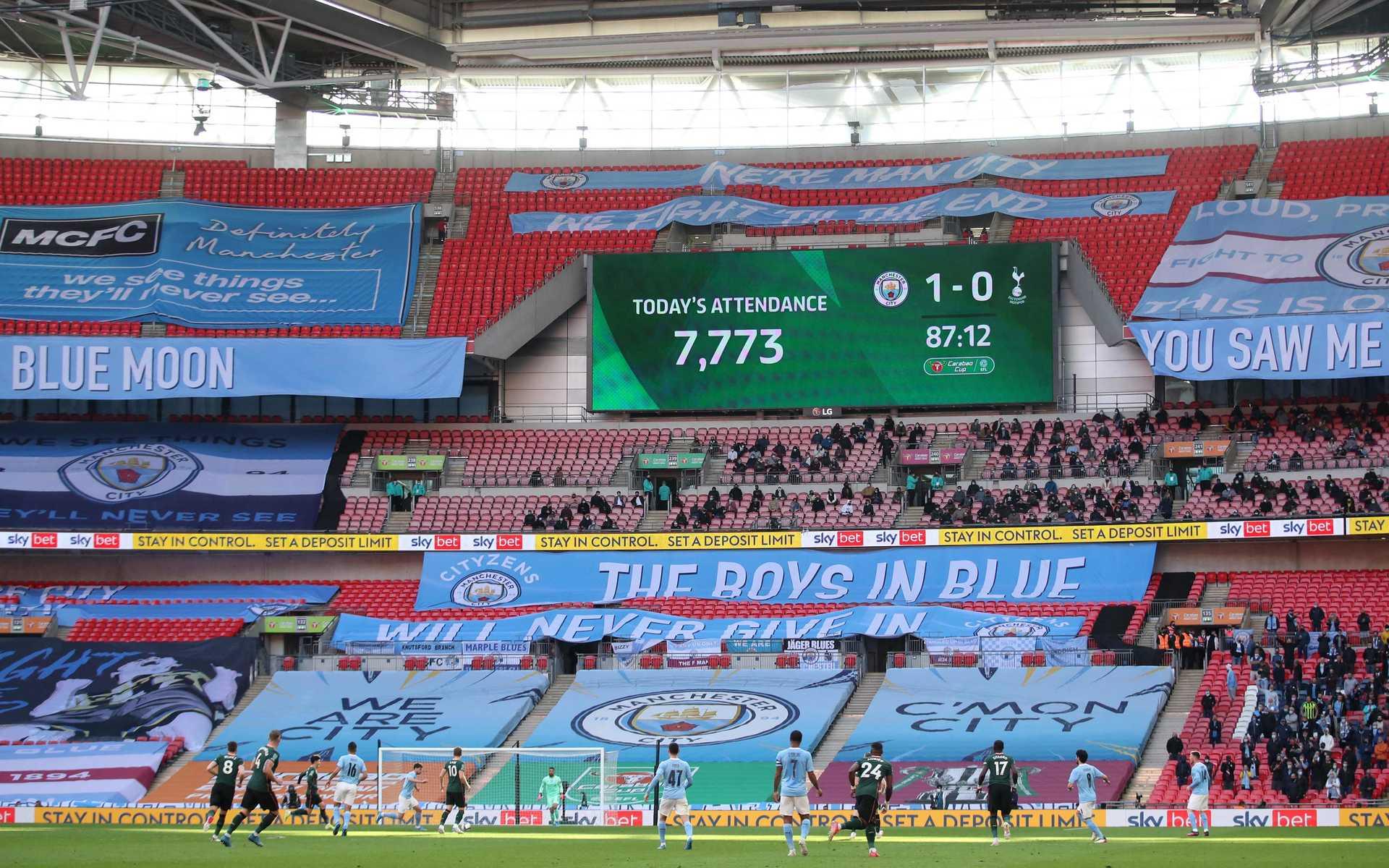 Liga inglesa muda datas das últimas jornadas para ter público nos estádios