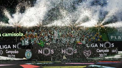Adeptos do Sporting festejam conquista do campeonato na rua
