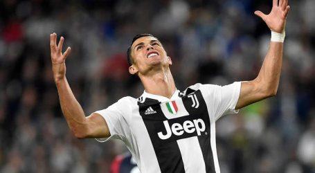 Cristiano Ronaldo suspenso por um encontro